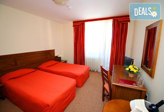 Хотел Евелина Палас 4* - снимка - 5