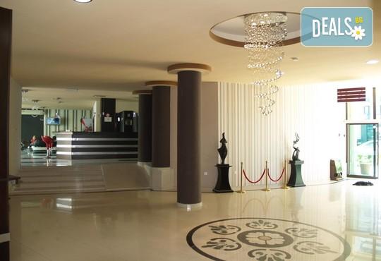 Хотел Хелвеция 3* - снимка - 13