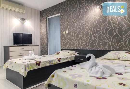Семеен хотел Адена 3* - снимка - 19