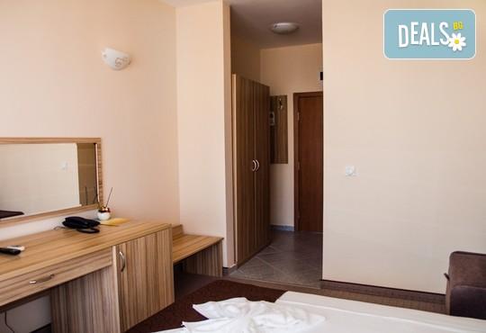 Семеен хотел Ивиан 2* - снимка - 6