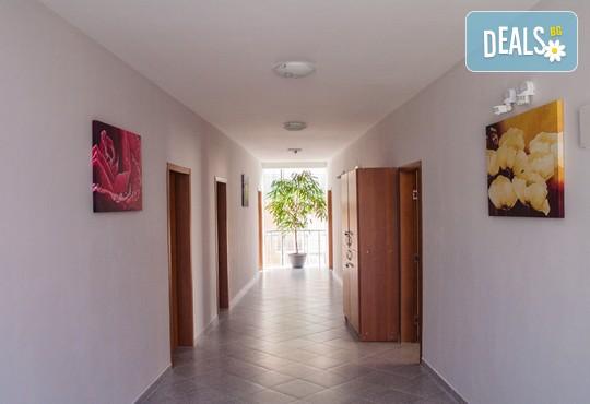 Семеен хотел Ивиан 2* - снимка - 8