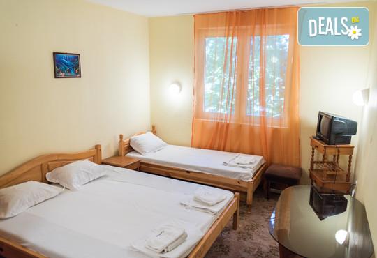 Хотел Грийн Палас 3* - снимка - 1