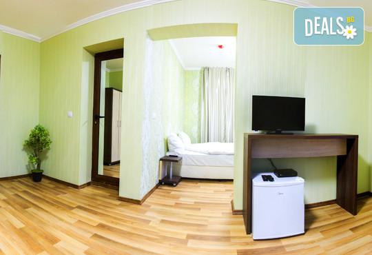 Хотел Никол 2* - снимка - 8