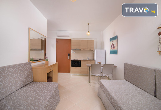 Apanemia Apartments by Flegra Hotels 2* - снимка - 4