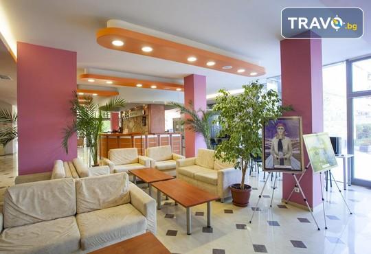 Хотелски комплекс КООП 2* - снимка - 11