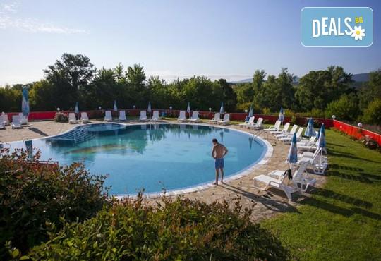 Хотелски комплекс КООП 2* - снимка - 15