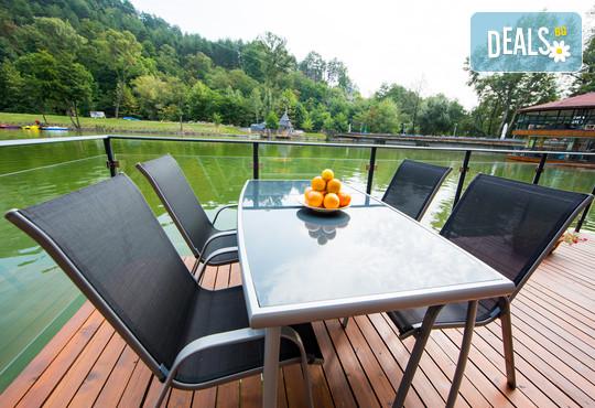 Комплекс Къщи край водата 3* - снимка - 23