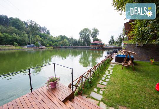 Комплекс Къщи край водата 3* - снимка - 30