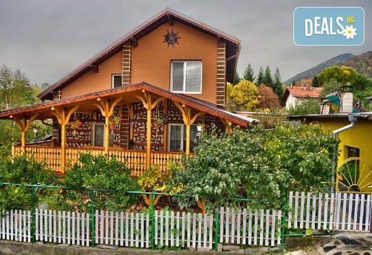 Къща за гости Меги - снимка - 1