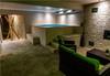 Почивика в хотел Аризона 2*, Павел баня! 2 нощувки със закуски и вечери или закуски, обяди и вечери, ползване на джакузи, сауна и парна баня, безплатно настаняване на дете до 5.99г.! - thumb 17