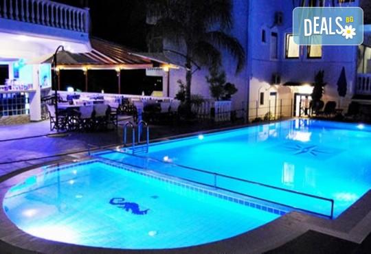Hotel Mesogeios 2000 3* - снимка - 12