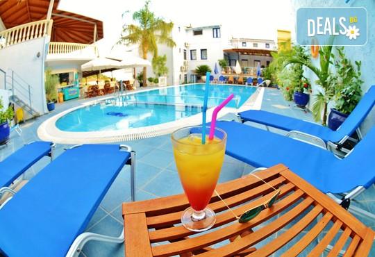 Hotel Mesogeios 2000 3* - снимка - 11