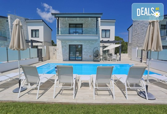 White Pearl Luxury Villas - снимка - 3