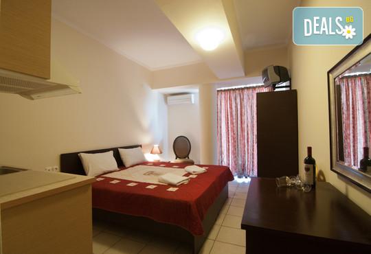 Yakinthos Hotel - снимка - 2