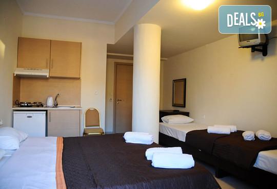 Yakinthos Hotel - снимка - 4