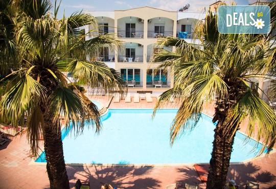 Stavros Beach Hotel 3* - снимка - 2