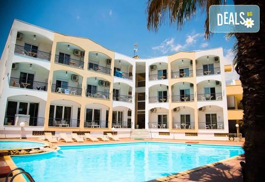 Stavros Beach Hotel 3* - снимка - 1