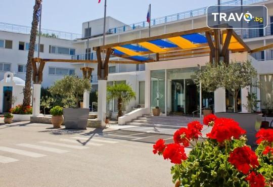 Grand Bleu Sea Resort 3* - снимка - 3
