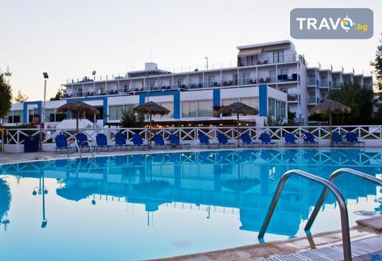Grand Bleu Sea Resort 3* - снимка - 2