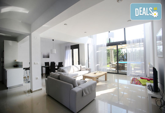 Sunny Sani Luxury Villas 5* - снимка - 22