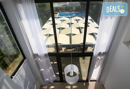 Sunny Sani Luxury Villas 5* - снимка - 23