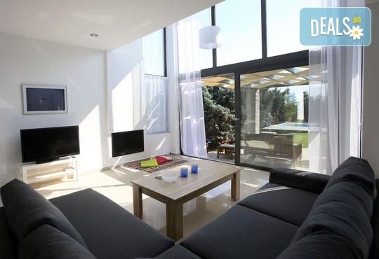 Sunny Sani Luxury Villas 5* - снимка - 15