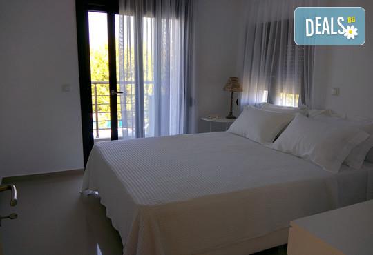 Sunny Sani Luxury Villas 5* - снимка - 25
