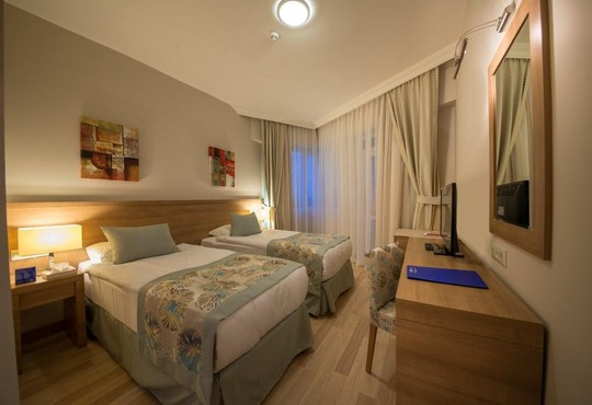 Lara Family Club Hotel 4* - снимка - 7