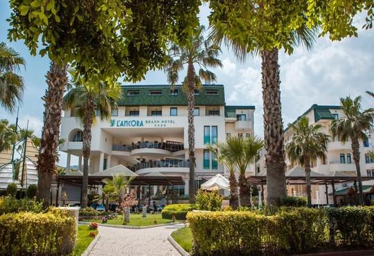 L'ancora Beach Hotel 4* - снимка - 1