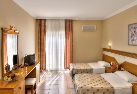 L'ancora Beach Hotel 4* - снимка - 3