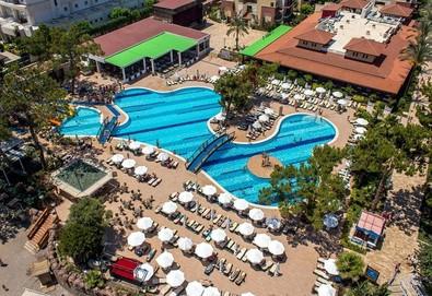 Самолетна почивка в Турция! 7 нощувки на човек на база Ultra all inclusive в Crystal Aura Beach Resort & Spa 5*, Кемер, Турска ривиера с двупосочен чартърен полет от София - Снимка