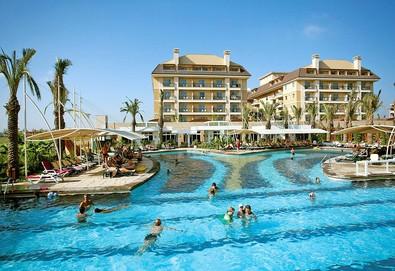 Самолетна почивка в Турция! 7 нощувки на човек на база Ultra all inclusive в Crystal Family Resort & Spa 5*, Белек, Турска ривиера с двупосочен чартърен полет от София - Снимка