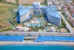 Самолетна почивка в Турция! 7 нощувки на човек на база Ultra all inclusive в Crystal Admiral Resort Suites & Spa 5*, Сиде, Турска ривиера с двупосочен чартърен полет от София - Снимка