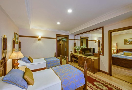 Delphin Palace Hotel 5* - снимка - 3