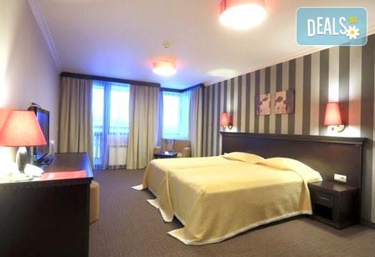 Хотел Роял Парк 4* - снимка - 3