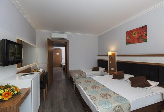 PRIMASOL HANE FAMILY RESORT 4* - снимка - 16