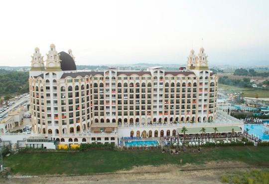 JADORE DELUXE HOTEL & SPA 5* - снимка - 2