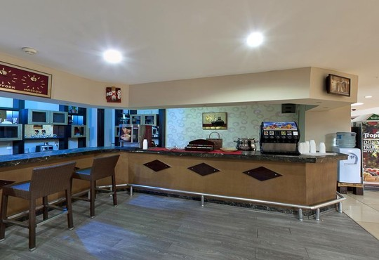 Lims Bona Dea Beach Hotel 4* - снимка - 32