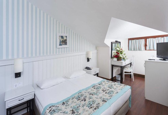 Monachus Hotel & Spa 4* - снимка - 4