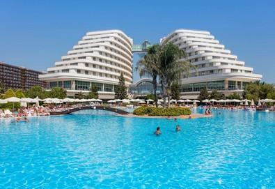 Самолетна почивка в Турция! 5 нощувки на човек на база All inclusive в Miracle Resort Hotel 5*, Анталия, Турска ривиера с двупосочен чартърен полет от София - Снимка