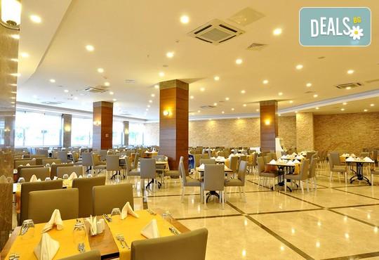Ramada Resort Side 5* - снимка - 17