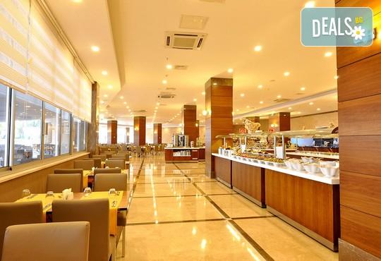 Ramada Resort Side 5* - снимка - 18