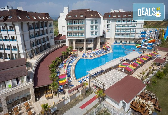 Ramada Resort Side 5* - снимка - 2