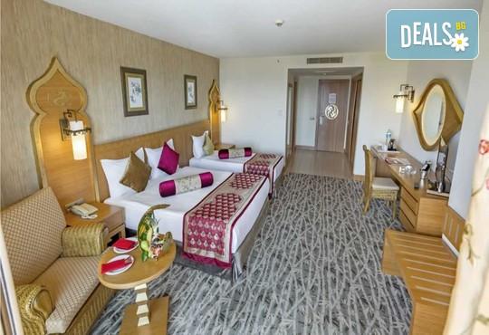 Royal Dragon Hotel 5* - снимка - 5