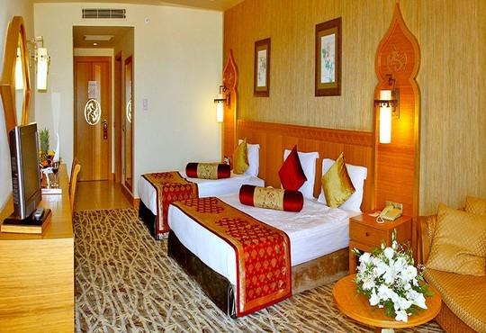 Royal Dragon Hotel 5* - снимка - 3