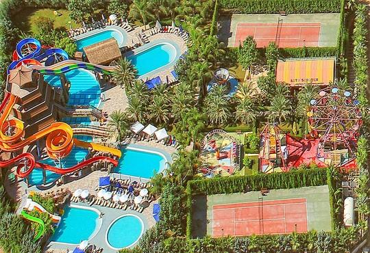 Royal Dragon Hotel 5* - снимка - 24