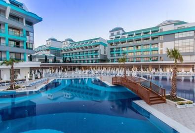Самолетна почивка в Турция! 7 нощувки на човек на база Ultra all inclusive в Sensitive Premium Resort & Spa  5*, Белек, Турска ривиера с двупосочен чартърен полет от Варна - Снимка