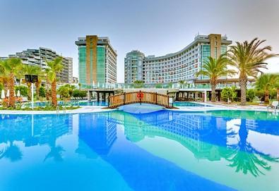 Самолетна почивка в Турция! 7 нощувки на човек на база Ultra all inclusive в Sherwood Breezes Resort 5*, Лара, Турска ривиера с двупосочен чартърен полет от София - Снимка