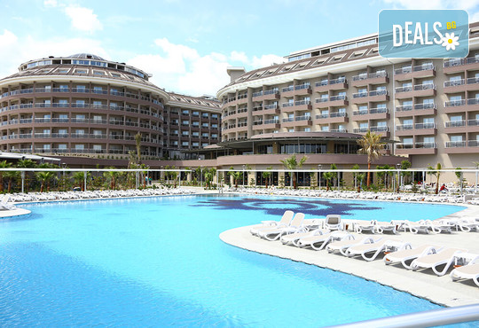 Sunmelia Beach Resort Hotel & Spa 5* - снимка - 1