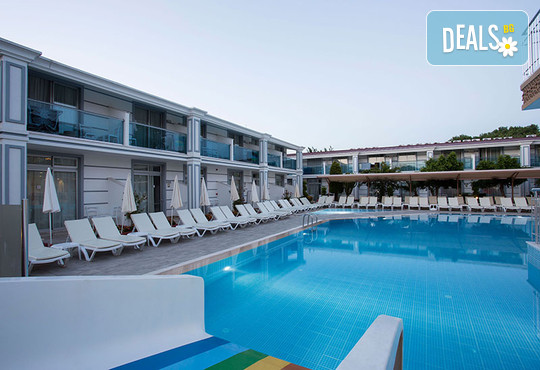Sun Club Side Hotel 4* - снимка - 2